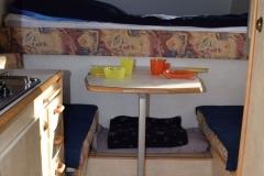 Wohnkabine-Camp-Compact-tisch
