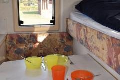 Wohnkabine-Camp-Compact-tisch3